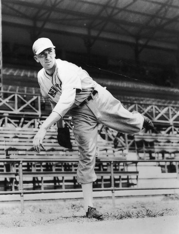 People Art Print featuring the photograph Carl Hubbell by Hulton Archive