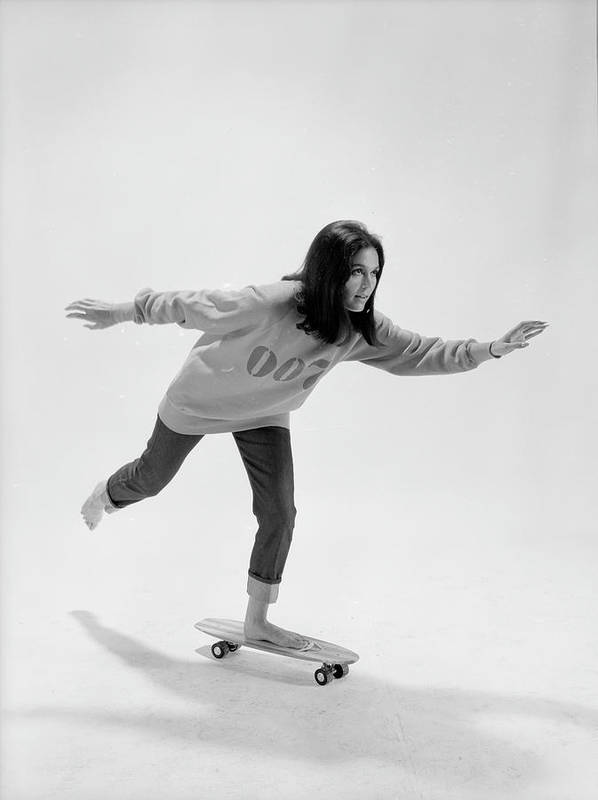 Timeincown Art Print featuring the photograph Gloria Steinem On A Skateboard by Yale Joel
