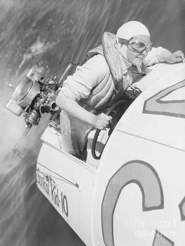 People Art Print featuring the photograph Loretta Turnbull Racing by Bettmann