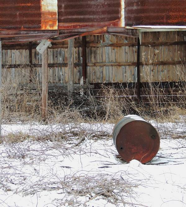 Old Barn And Rusted Barrel Print featuring the photograph Barn #41 by Todd Sherlock