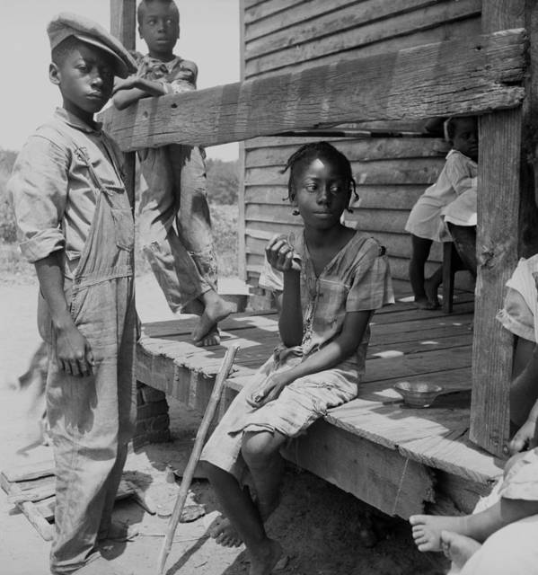 History Art Print featuring the photograph African American Farm Children by Everett