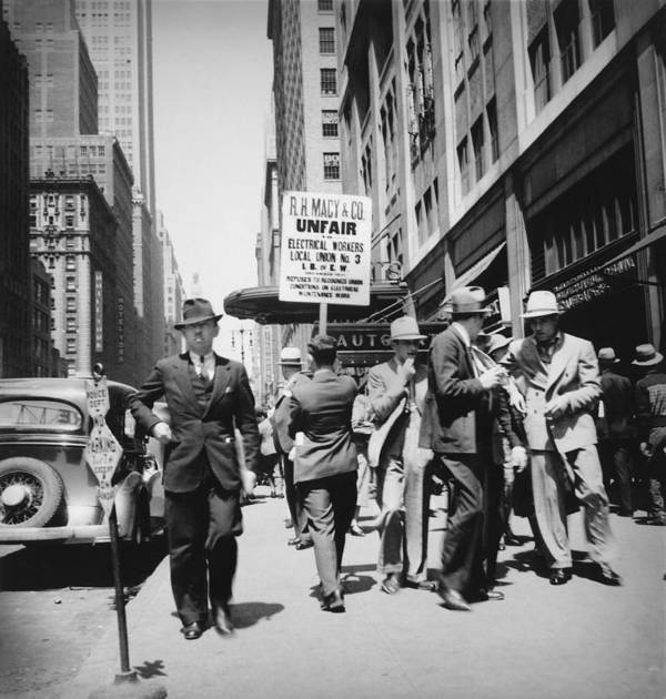 History Art Print featuring the photograph Union Men Picketing Macys Department by Everett