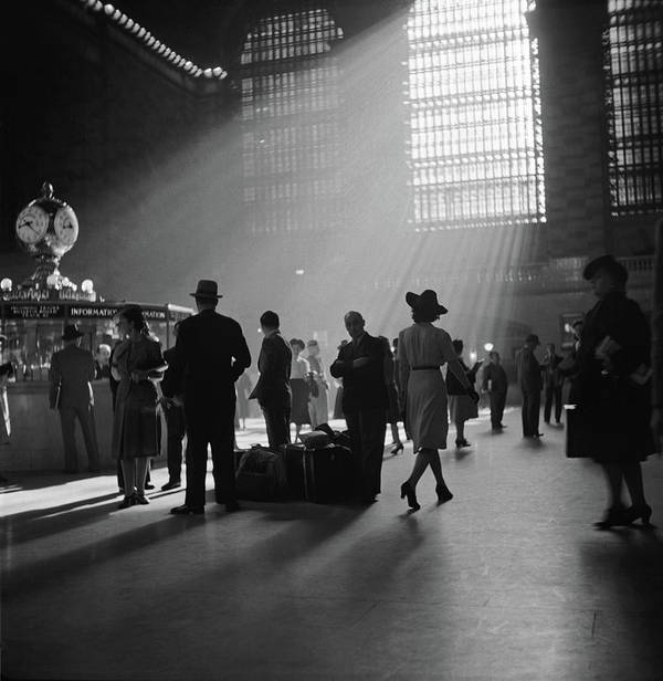 1941 Art Print featuring the photograph Grand Central Station, 1941 by Granger