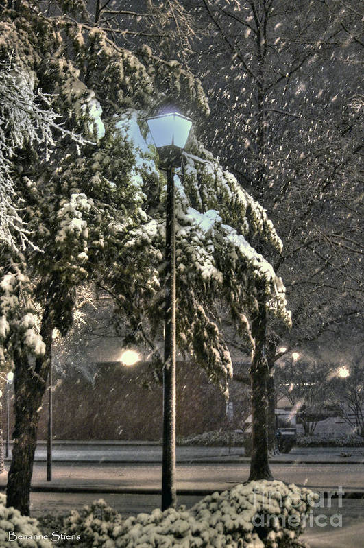 Street Lamp Art Print featuring the photograph Street Lamp In The Snow by Benanne Stiens