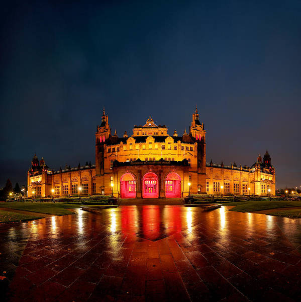 Glasgow Art Print featuring the photograph Kelvingrove Art Gallery Night by Grant Glendinning