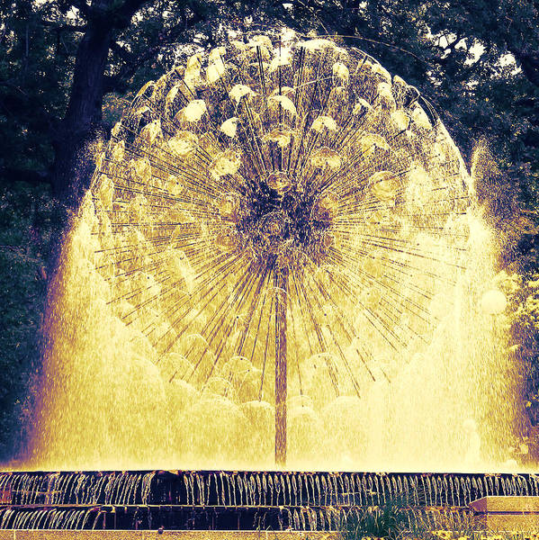 Loring Park Art Print featuring the photograph Loring Fountain by Rashelle Brown