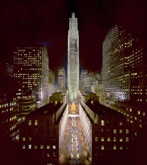 1980-1989 Art Print featuring the photograph Rockefeller Center, Manhatten, At by Thorney Lieberman