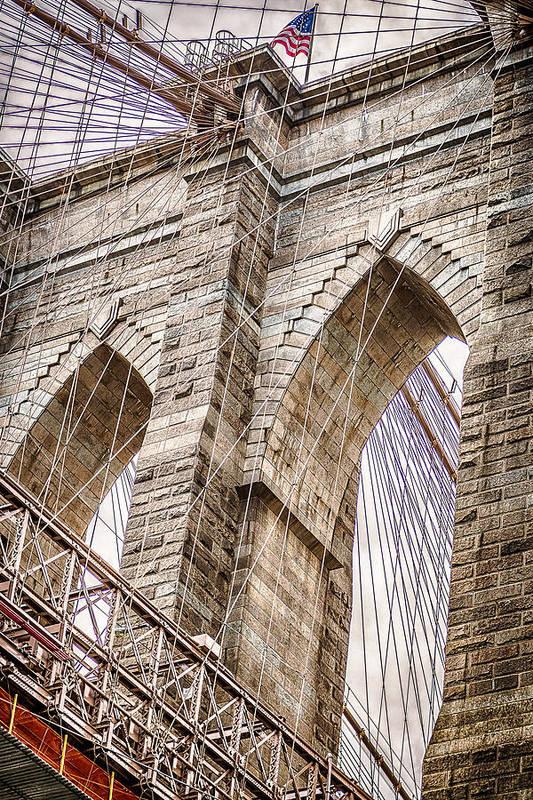 Brooklyn Bridge by Luis Gonzalez