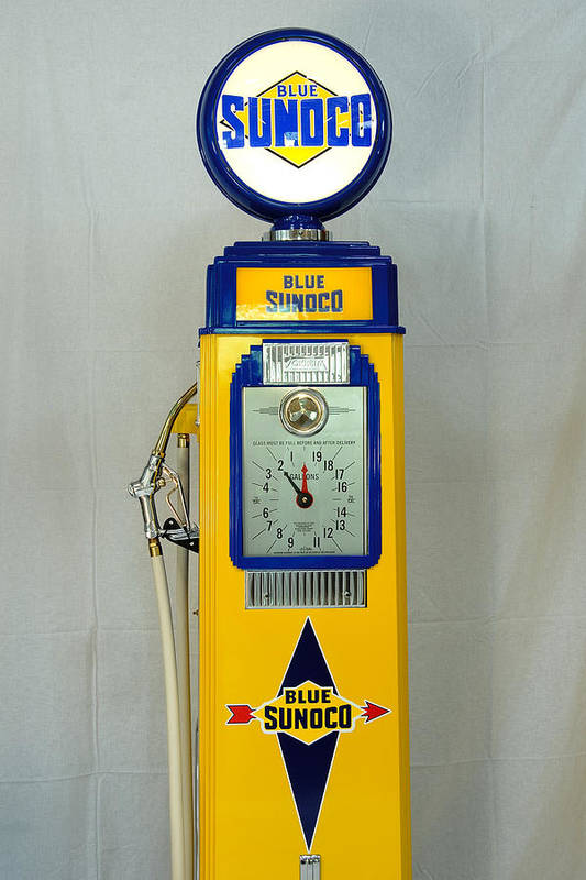 Sunoco Antique Gas Pump Art Print featuring the photograph Antique Gas Pump by David Campione