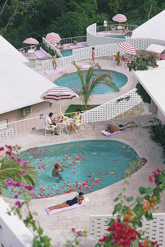 Apartment Art Print featuring the photograph Las Brisas Hotel by Slim Aarons