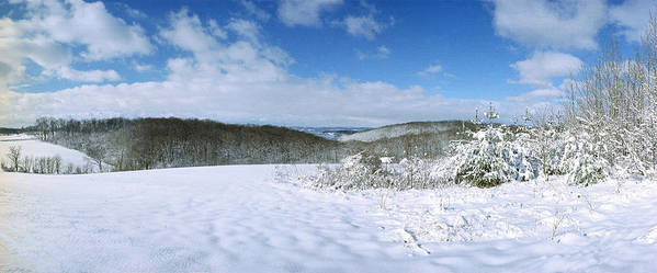 Snow Art Print featuring the photograph Snowy Hill by Jan W Faul