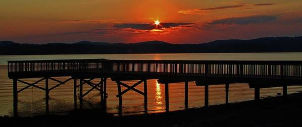 Hudson Valley Landscapes Art Print featuring the photograph Sunrise Over The Pier by Thomas McGuire