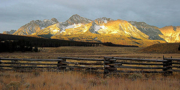 Idaho Art Print featuring the photograph Sunrise On Sawtooth Mountains Idaho by Robert Woodward