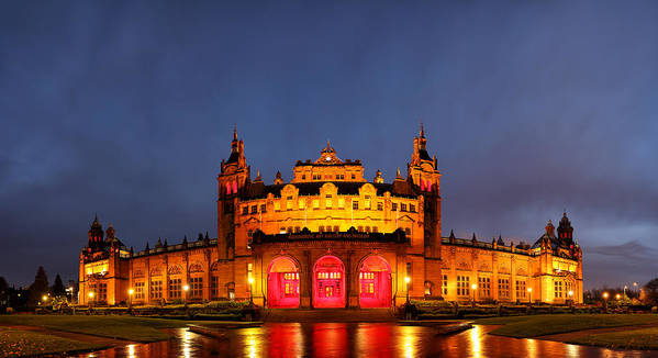 Glasgow Art Print featuring the photograph Kelvingrove Art Gallery And Museum by Grant Glendinning