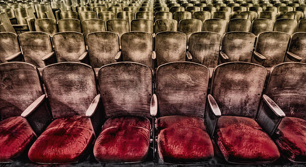 Seat Print featuring the photograph Face Your Audience by Evelina Kremsdorf