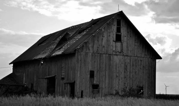 Old Barn Art Print featuring the photograph Black And White Barn by Aaron Greuel