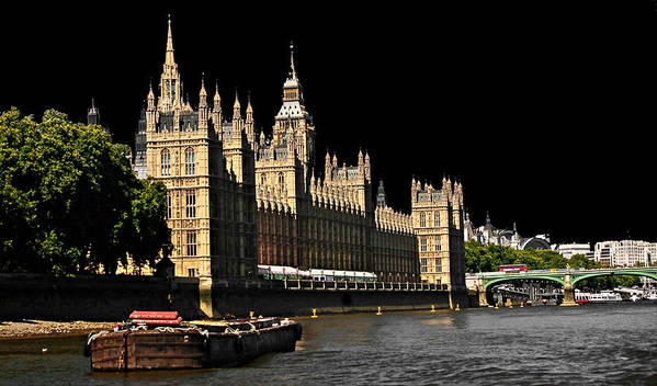 Landscapes Art Print featuring the photograph London Parliament by David Resnikoff