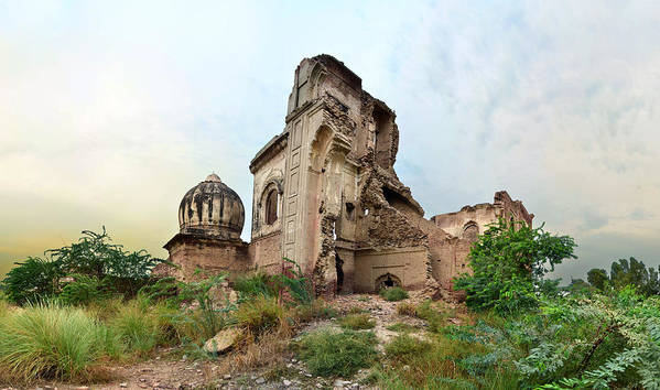 Horizontal Art Print featuring the photograph Ruins Of Gurdwara by A doctor/photographer from Lahore, Pakistan