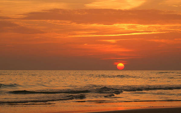 Panama City Beach Art Print featuring the photograph Florida Sunset by Sandy Keeton