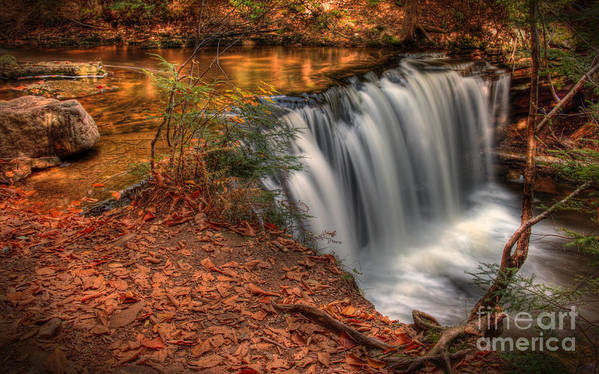 Vignette Art Print featuring the photograph Majestic Oneida Falls by Aaron Campbell