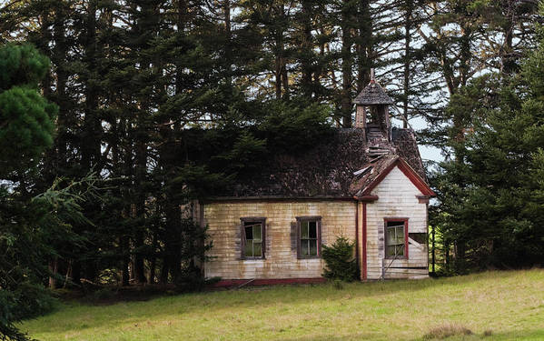 Mendocino Art Print featuring the photograph Mendocino Schoolhouse by Grant Groberg