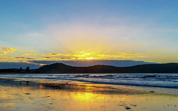 Umina Art Print featuring the photograph Sunrise Seascape And Crepuscular Rays by Merrillie Redden