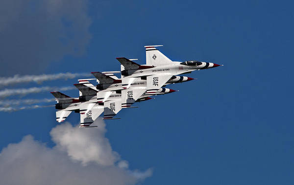 Aircraft Art Print featuring the photograph Thunderbirds Echelon by Murray Bloom