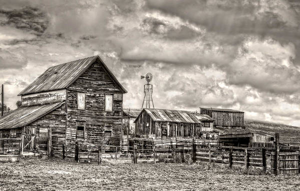 Farm Art Print featuring the photograph Parker Homestead by Ken Smith