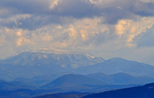 Smokey Mountains Art Print featuring the photograph Smokey Blue Morning by Peter McIntosh