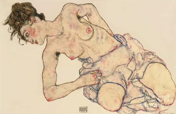 Kneider Weiblicher Halbakt Art Print featuring the drawing Kneider Weiblicher Halbakt by Egon Schiele