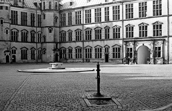 Hamlet's Castle Art Print featuring the photograph Kronborg Castle Courtyard by Lee Santa