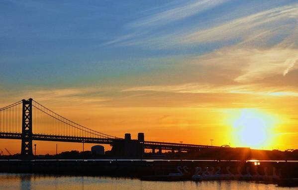 Sunrise Art Print featuring the photograph Sunrise On Ben Franklin Bridge by Andrew Dinh
