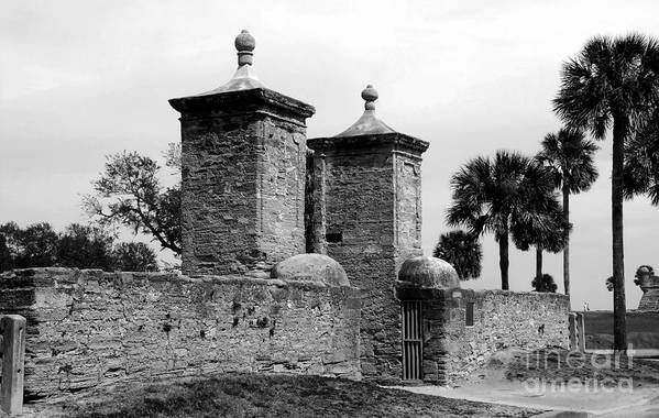 Saint Augustine Florida Art Print featuring the photograph The Old City Gates by David Lee Thompson