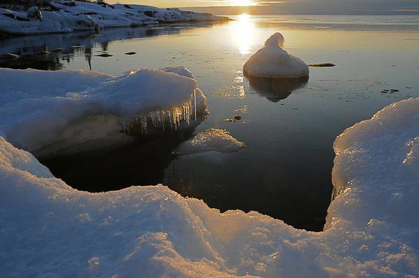Sunrise  Lake Superior  Ice Formations Art Print featuring the photograph Golden Glow by Sandra Updyke