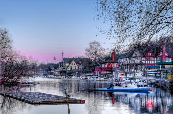 Schuylkill Print featuring the photograph Schuylkill River And Boathouse Row Philadelphia by Bill Cannon
