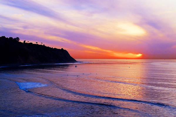 Sunset At Pv Cove Art Print featuring the photograph Sunset At Pv Cove by Ron Regalado