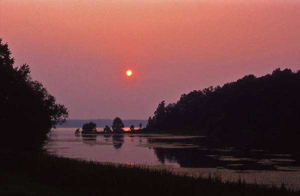 Lsnd-between-the-lakes Art Print featuring the photograph Land-between-the-lakes Sunset - 1 by Randy Muir