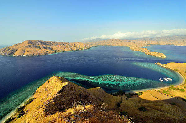 Horizontal Art Print featuring the photograph Gili Lawa by Aaron Geddes Photography