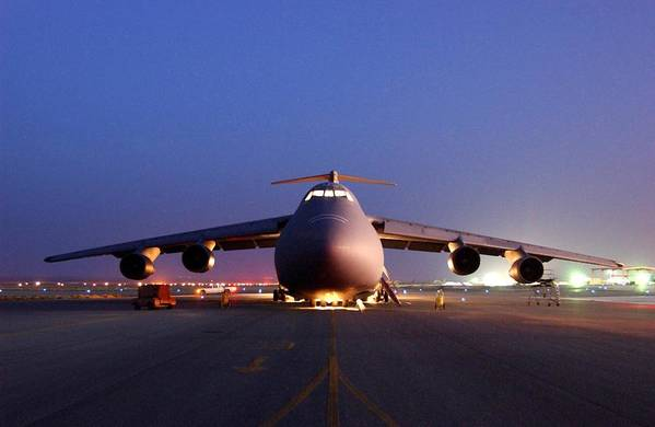 History Art Print featuring the photograph A U.s. Air Force C-5 Galaxy Aircraft by Everett