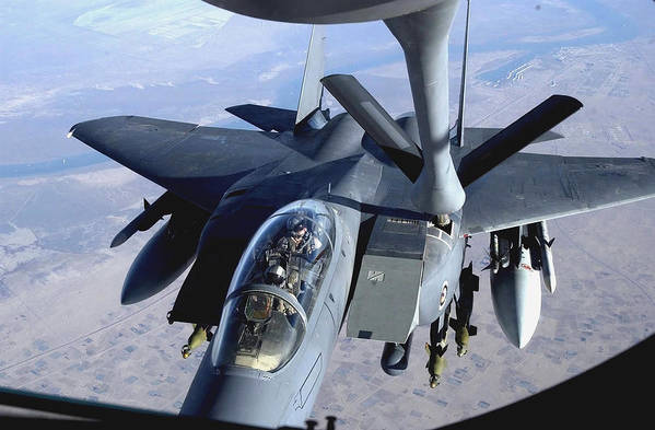 Horizontal Art Print featuring the photograph An F-15e Strike Eagle Refuels Over Iraq by Stocktrek Images