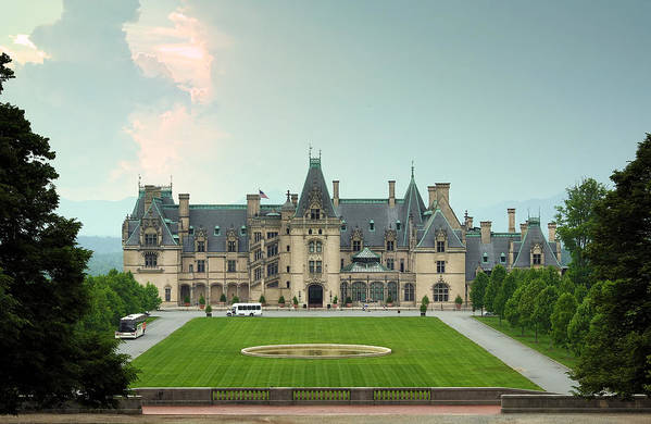 Biltmore Art Print featuring the photograph Biltmore Estate by Maxim Sivyi