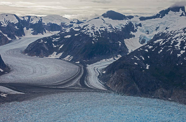 Frederick Sound Art Print featuring the photograph Glacial Curves by Mike Reid