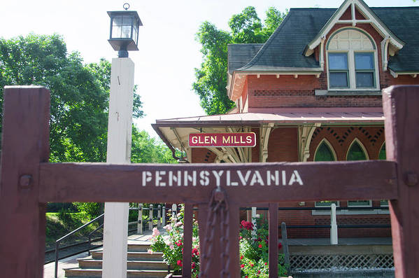 Glen Art Print featuring the photograph Glen Mills Pennsylvania by Bill Cannon