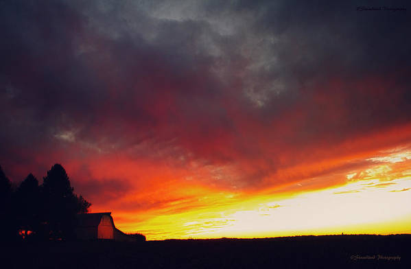 Sunset Art Print featuring the photograph Glorious Sky by Straublund Photography