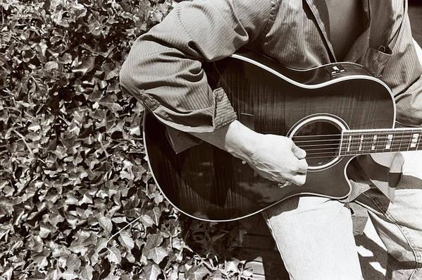 Guiatr Art Print featuring the photograph Guitar 1 by Linnea Tober