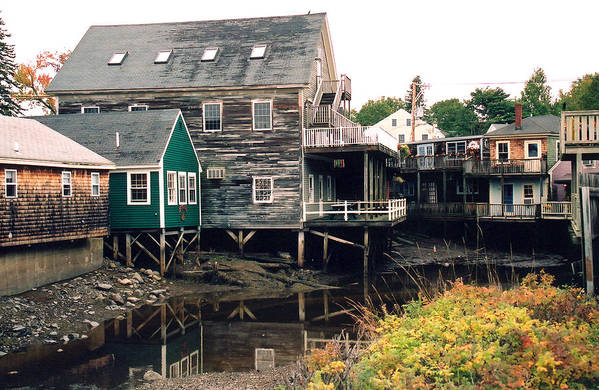 Landscape Art Print featuring the photograph Kennebunkport At Low Tide by Robert Gladwin