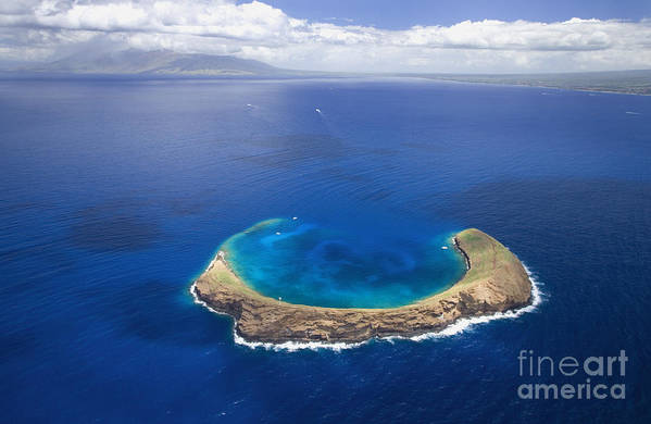Above Art Print featuring the photograph Maui, View Of Islands by Ron Dahlquist - Printscapes