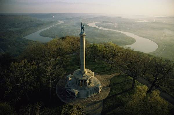 North America Art Print featuring the photograph Memorial To The Battle Of Chattanooga by Sam Abell
