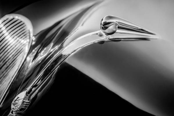 1941 Lincoln Contitnental Convertible Hood Ornament Art Print featuring the photograph 1941 Lincoln Contitnental Convertible Hood Ornament - Grille Emblem -0438bw by Jill Reger