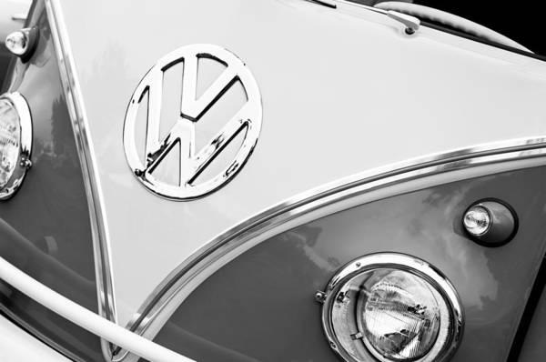 1960 Volkswagen Vw 23 Window Microbus Emblem Art Print featuring the photograph 1960 Volkswagen Vw 23 Window Microbus Emblem by Jill Reger